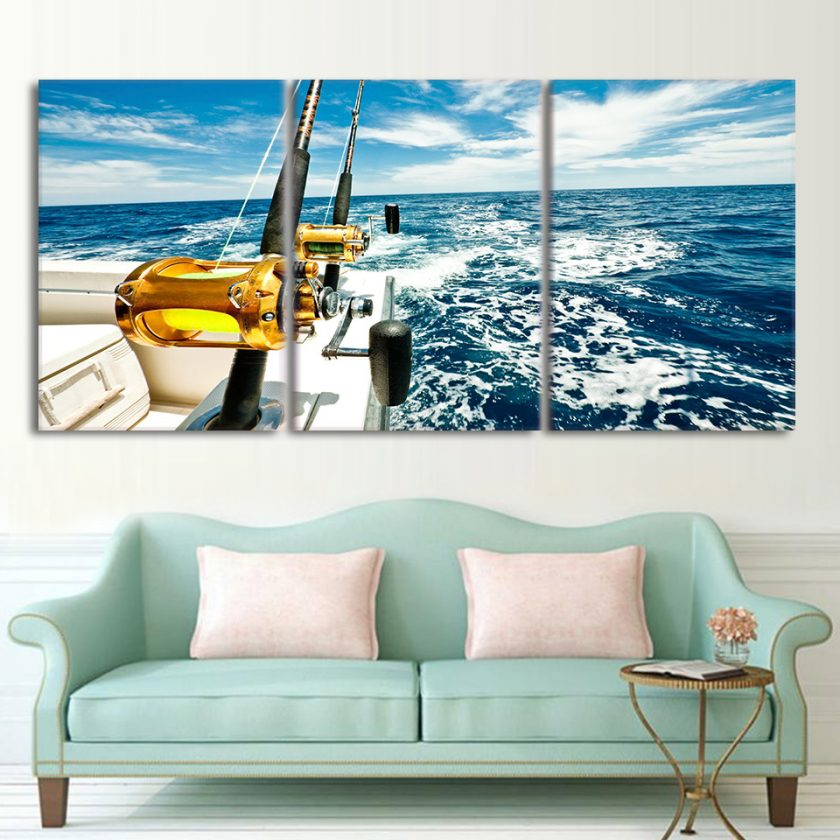 3 Panel Yacht in Blue Sea