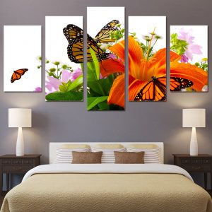 5 Panel Butterfly on Fresh Flowers